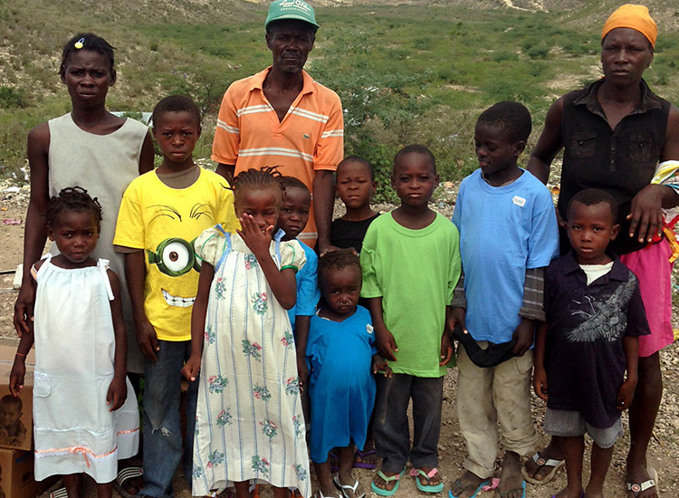 New clothes for poor Haitian children in Nangad.
