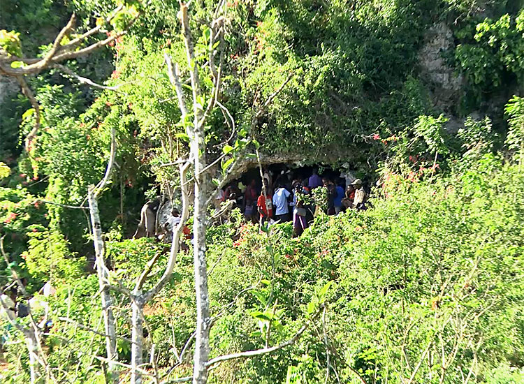 People living in caves in the mountains of Haiti
